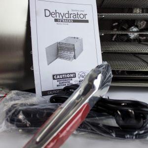 Deshidrator (uscător fructe, legume)
