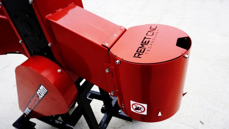 Tocator de crengi REMET RPE-120